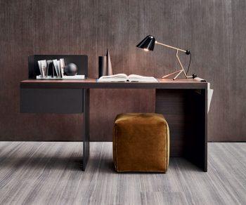 Molteni Scriba Desk
