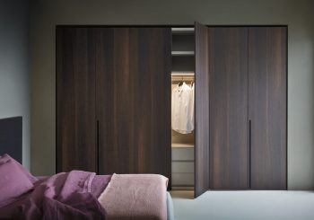 Tratto Hinged Wardrobe
