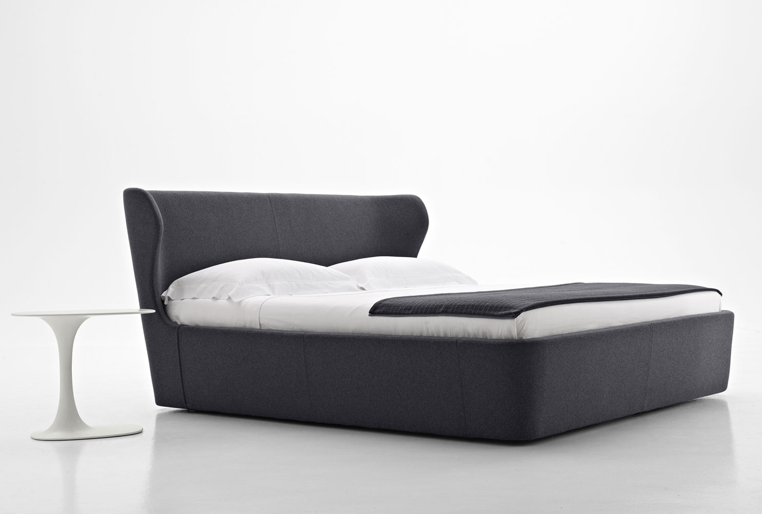 b b italia papilio bed buy from campbell watson uk. Black Bedroom Furniture Sets. Home Design Ideas