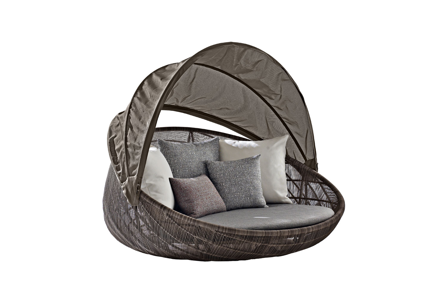 B b italia outdoor canasta 39 13 oval sofa buy from for B b outdoor