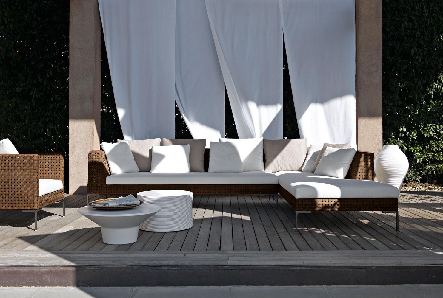 B B Möbel b b italia outdoor charles sofa buy from cbell watson uk