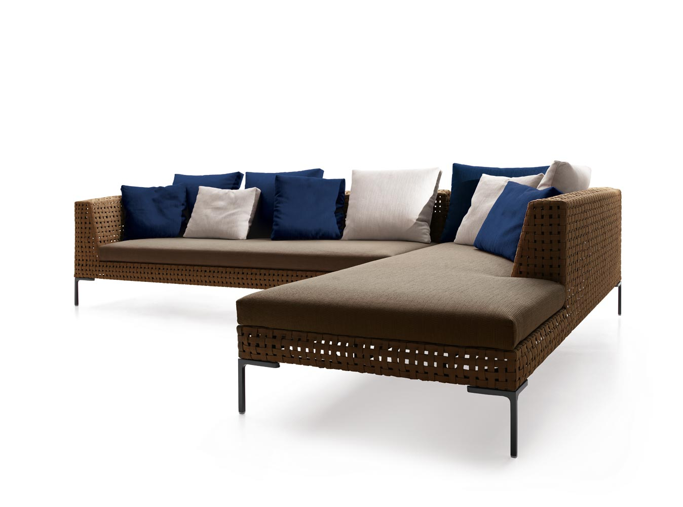 B b italia outdoor charles sofa buy from campbell watson uk for Outdoor sofa