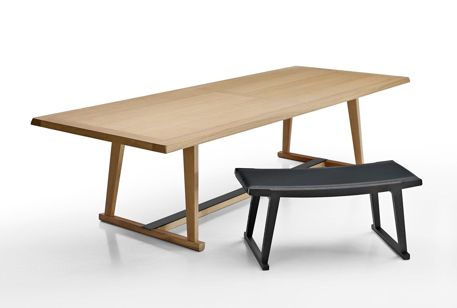 maxalto b b italia recipio 39 14 table buy from campbell. Black Bedroom Furniture Sets. Home Design Ideas