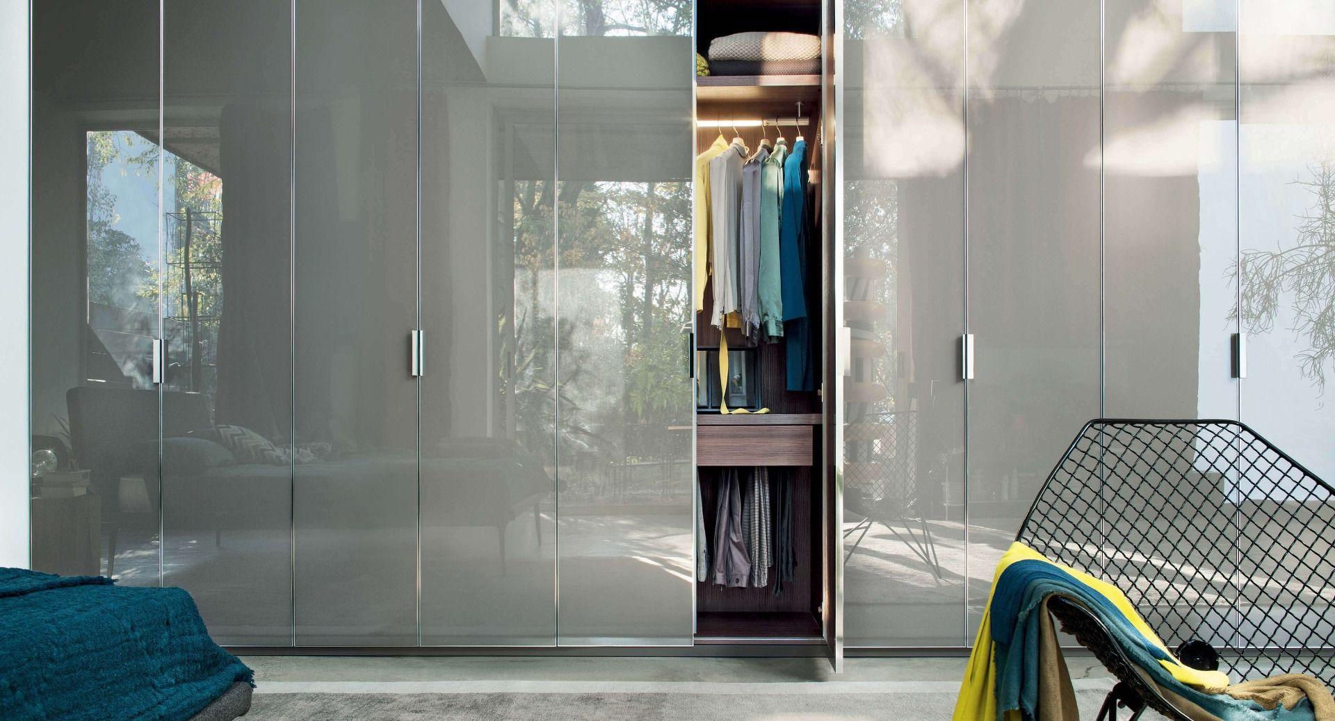 Lema Nur Wardrobe