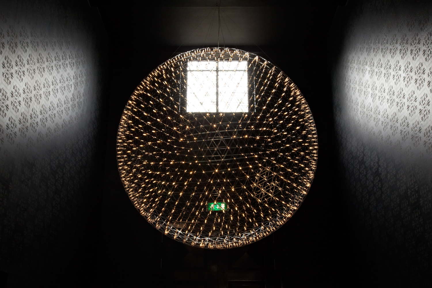 Moooi raimond large suspension light buy from campbell for Suspension 4 lampes