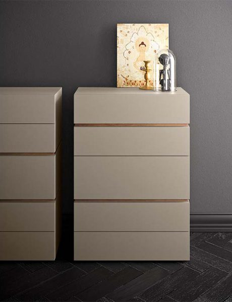 People Chest of Drawers