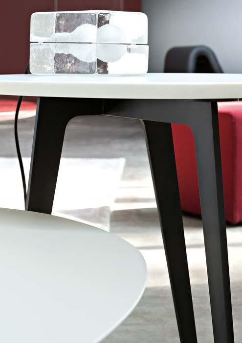 Tavolino Flowers Lema.Lema Flowers Coffee Table Buy From Campbell Watson Uk