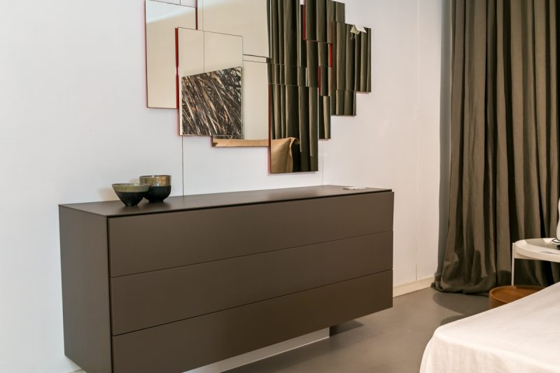 Plano Chest of Drawers