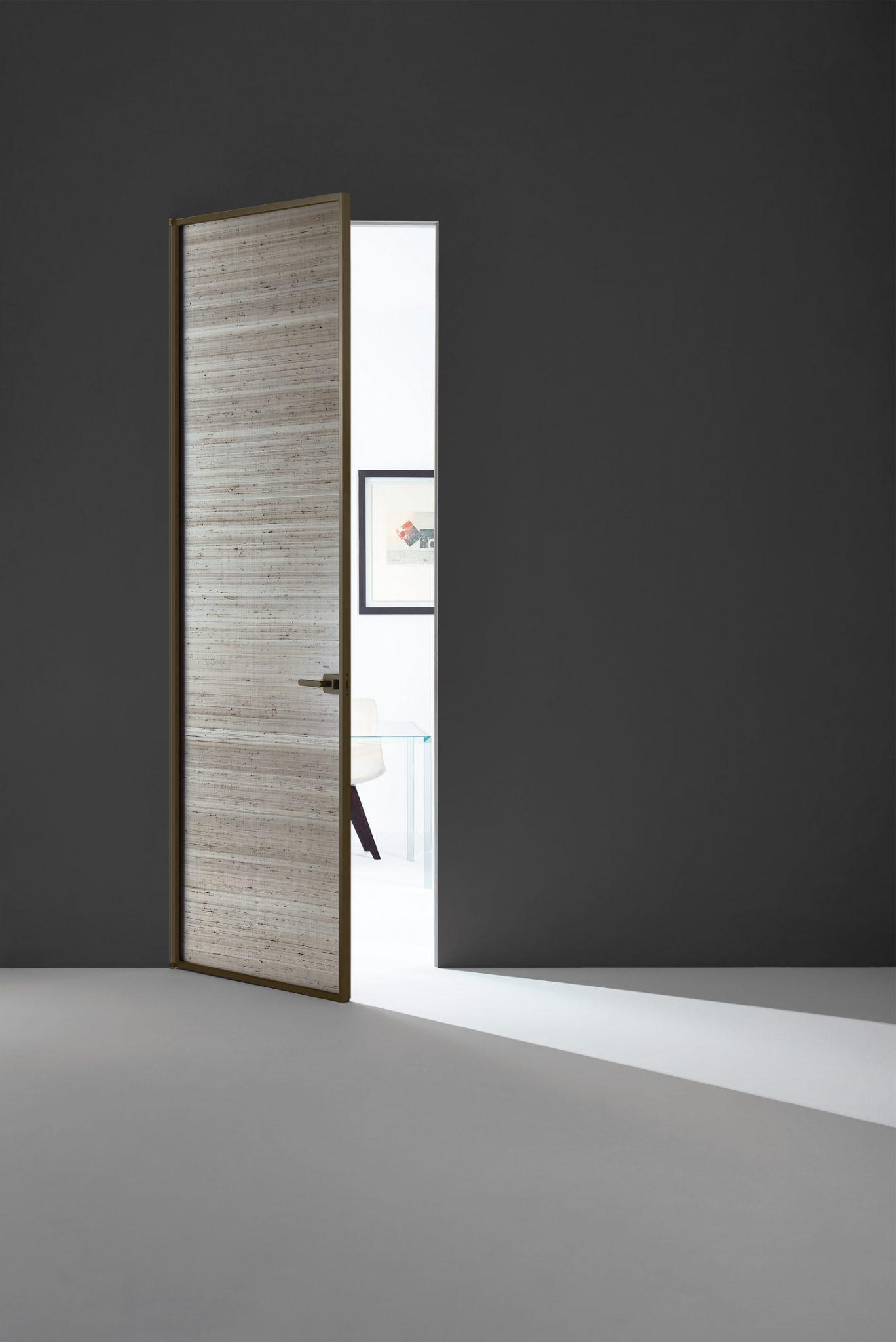 Sherazade Hinged Door