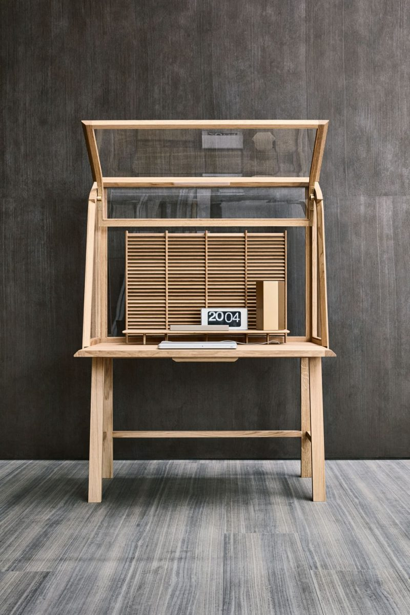 Secretello Writing Desk