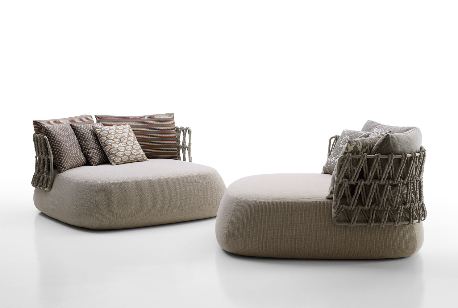 b b italia outdoor fat sofa buy from campbell watson uk. Black Bedroom Furniture Sets. Home Design Ideas