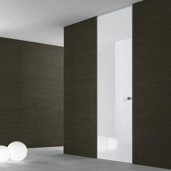 Rimadesio Moon Hinged Door