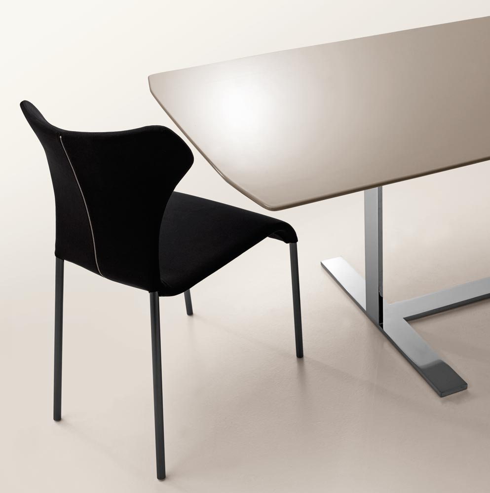 b b italia eileen table buy from campbell watson uk. Black Bedroom Furniture Sets. Home Design Ideas