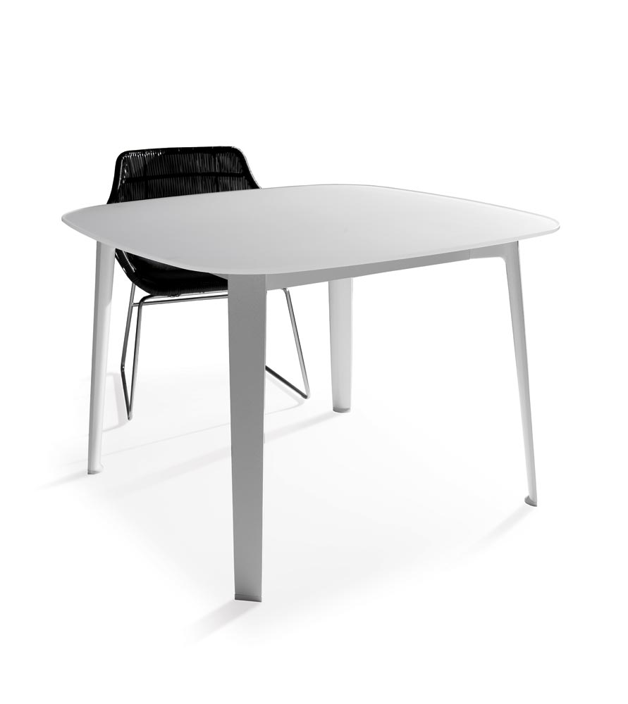 B&B Italia Outdoor Gelso Table