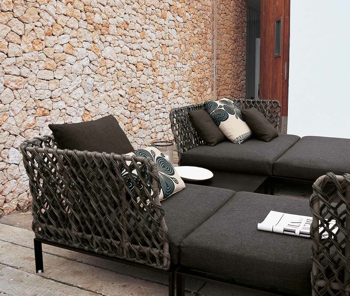 b b italia outdoor ravel sofa buy from campbell watson uk. Black Bedroom Furniture Sets. Home Design Ideas
